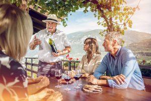 Best_of_Swiss_Gastro_Blogbeitrag_Premiere_des_Genuss_Marathons_von_Sion_nach_Salgesch_Weindegustation