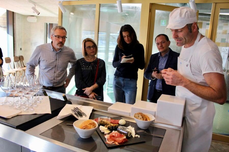 Best_of_Swiss_Gastro_Blogbeitrag_Restaurant_Zur_Werkstatt_Stadtkaeserei_Peter_Limacher